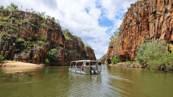 Darwin, Katherine & Litchfield Discovery for 2 people - NT Now